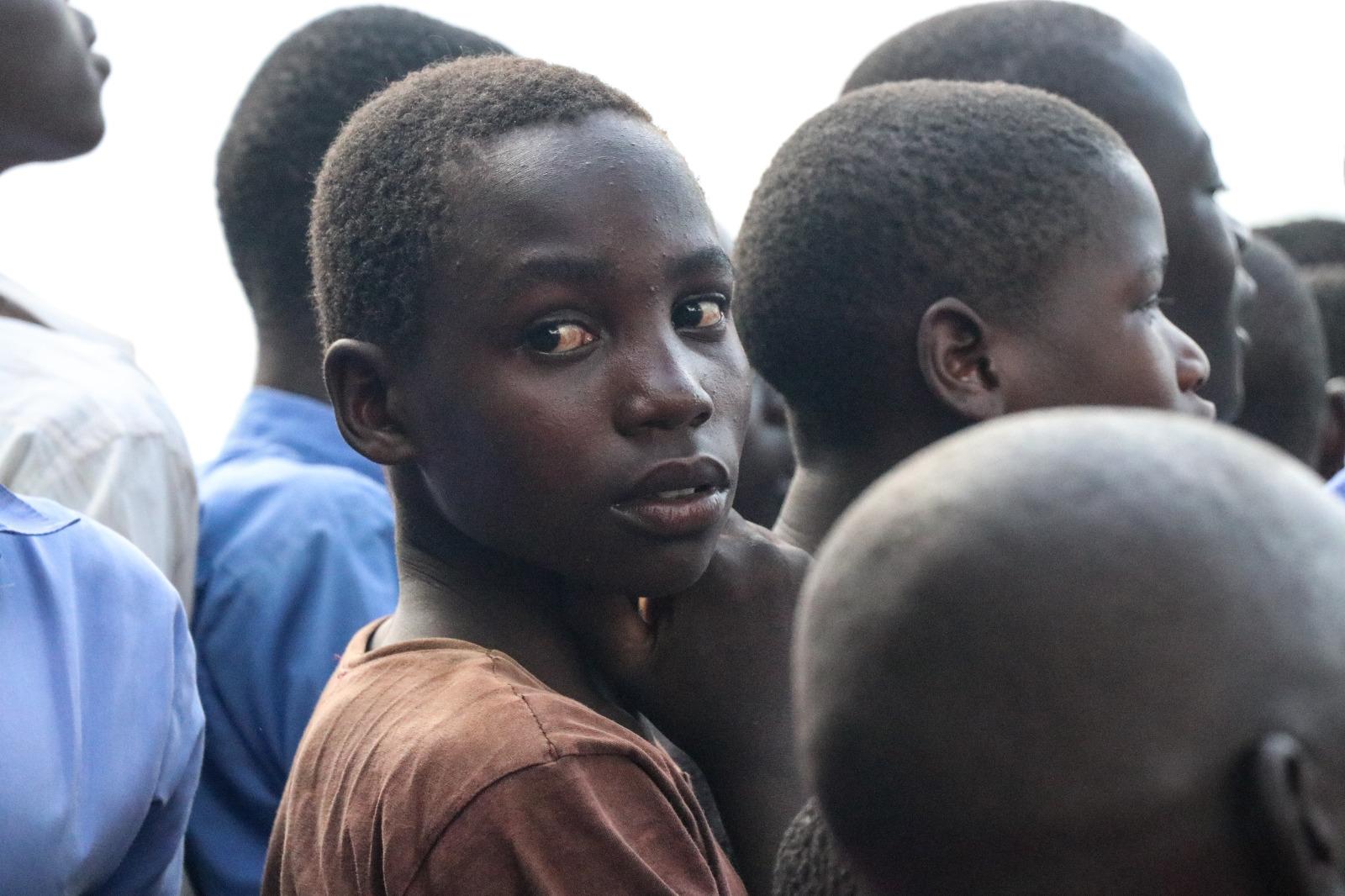 Estudiante de una de las escuelas de Smiles for Luuka.